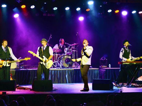 Frankie Valli & The Beach Boys